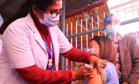 काठमाडौं महानगरको खोप अभियान आजदेखि पुन: सुरु