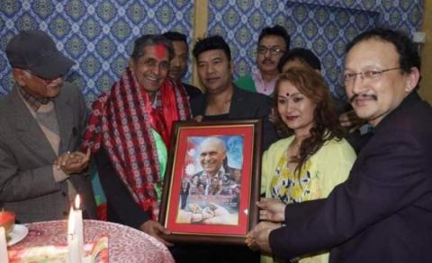कलाकार संघद्वारा अग्रज कलाकार मोहन निरौलाको जन्म दिन मनाए