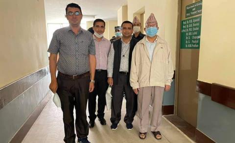 माधव नेपाल अस्पतालबाट डिस्चार्ज